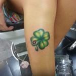 yonca-dovmeleri-tattoohera-com